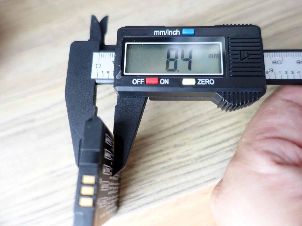 3DSバッテリー交換(膨張8.4mm)